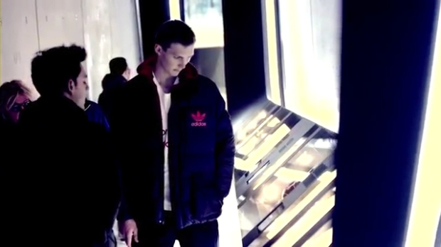 Viktor Axelsen visiting adidas Headquarters.mp4_000131600