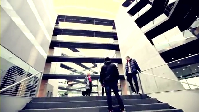 Viktor Axelsen visiting adidas Headquarters.mp4_000159960