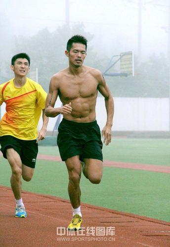 lin-dan-masih-fit-dalam-adu-sprint