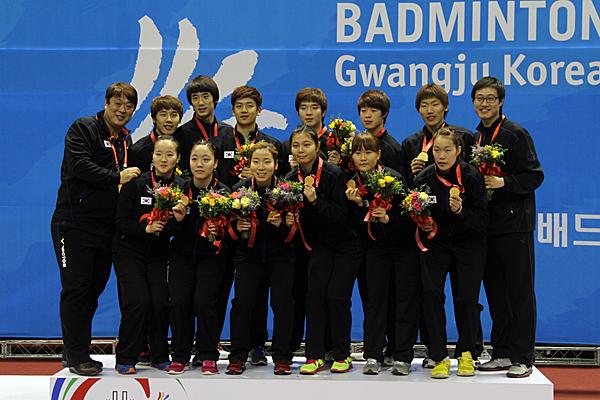 091112_badminton1
