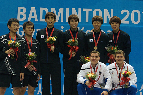 121112_badminton_md