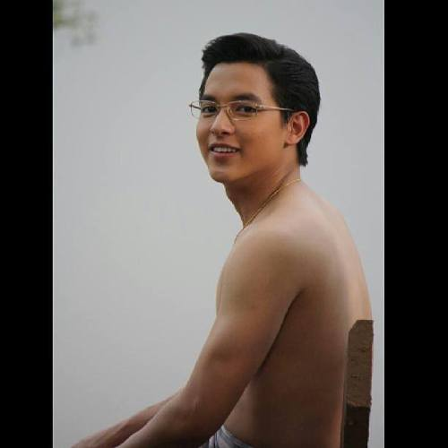 james-jirayu-topless-river